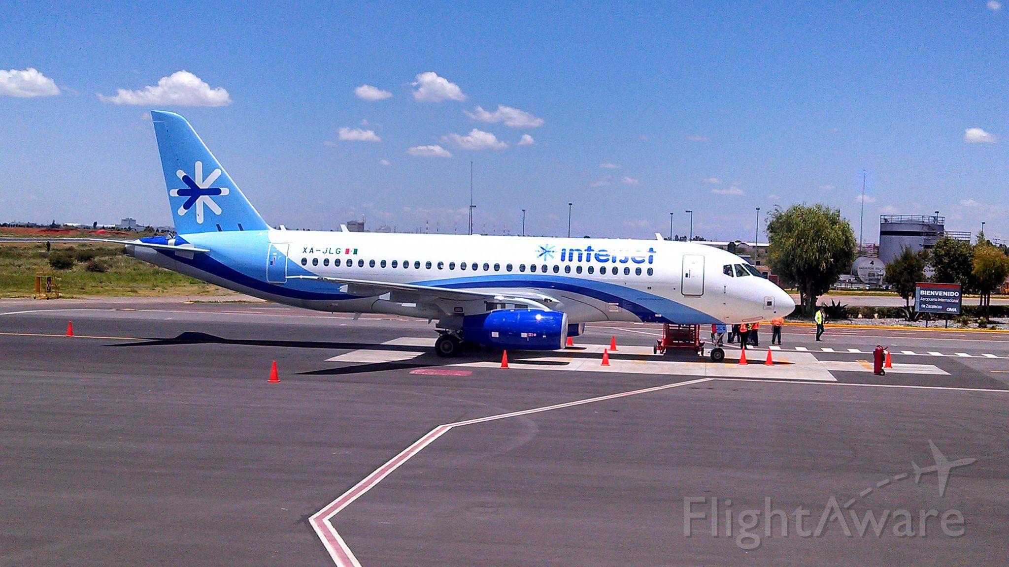 Airbus A320 (XA-JLG) - PRIMER VUELO DEL SUPERJET EN TERRITORIO MEXICANO MMMX-MMZC
