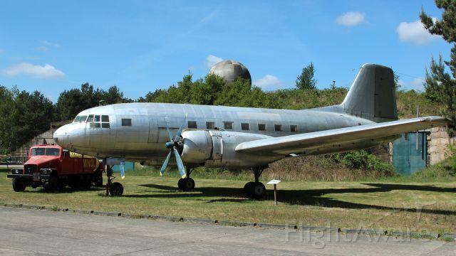 VEB Il-14 —