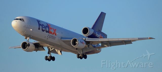 McDonnell Douglas DC-10 (N562FE) - phoenix sky harbor international airport 05MAY20