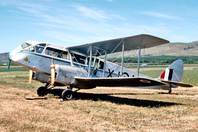 De Havilland Canada Twin Otter (VH-AQU) - DE HAVILLAND AUSTRALIA DH-A84 DRAGON 3 - REG : VH-AQU (CN DHA2048) - ALDINGA SA. AUSTRALIA - YADG 25/10/1981