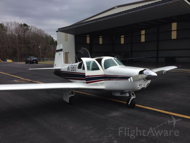 Mooney M-20 (N79811) - WYND Flight Services, LLC