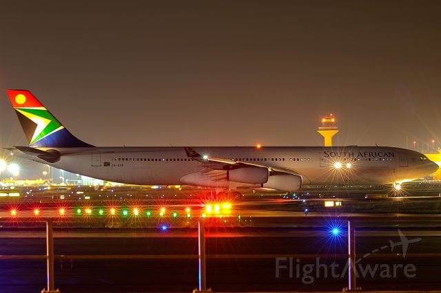 Airbus A340-300 (ZS-SXF) - very rare in Frankfurt, mostly A340-600