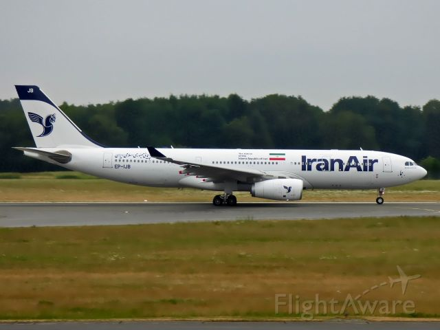 Airbus A330-200 (EP-IJB)