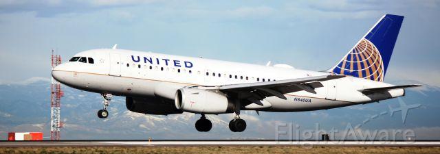 Airbus A319 (N840UA) - Landing on 16L.