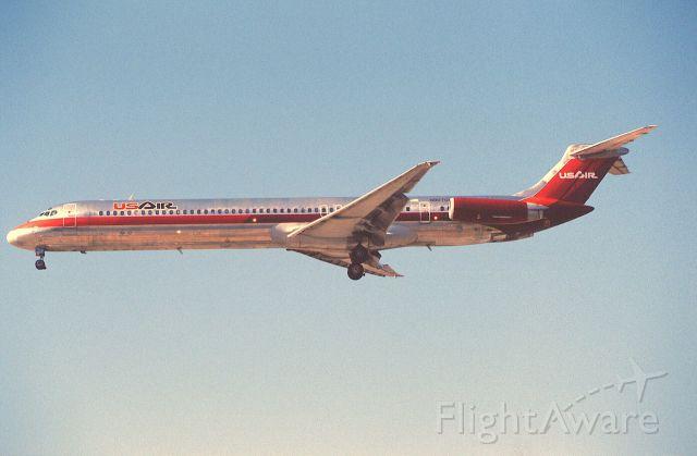 McDonnell Douglas MD-81 (N907UR) - Final Approach to KLAX Intl Airport on 1989/09/01