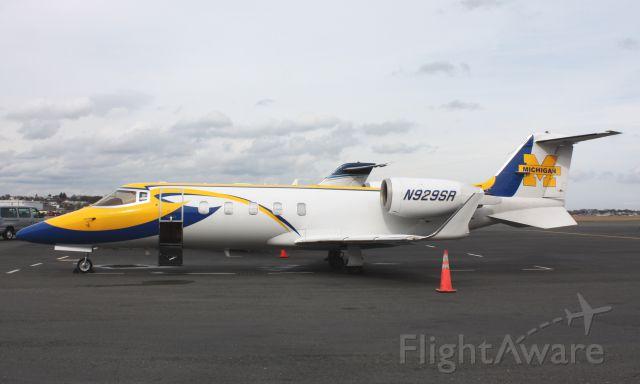 Learjet 55 (N929SR)