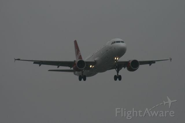 Airbus A320 (N634VA)
