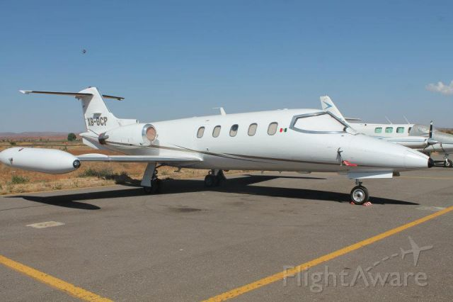 Learjet 25 (XB-GCP)