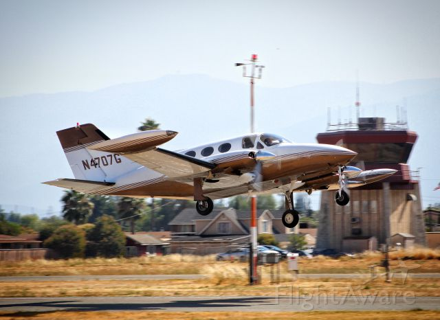Cessna Chancellor (N4707G) - Transient Chancellor departing at Reid Hillview.