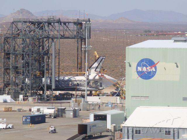 — — - NASA-DFRC Shuttle Area