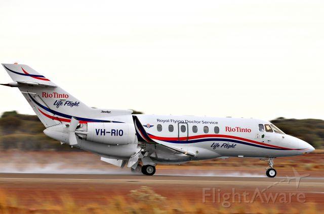 Raytheon Hawker 800 (VH-RIO)