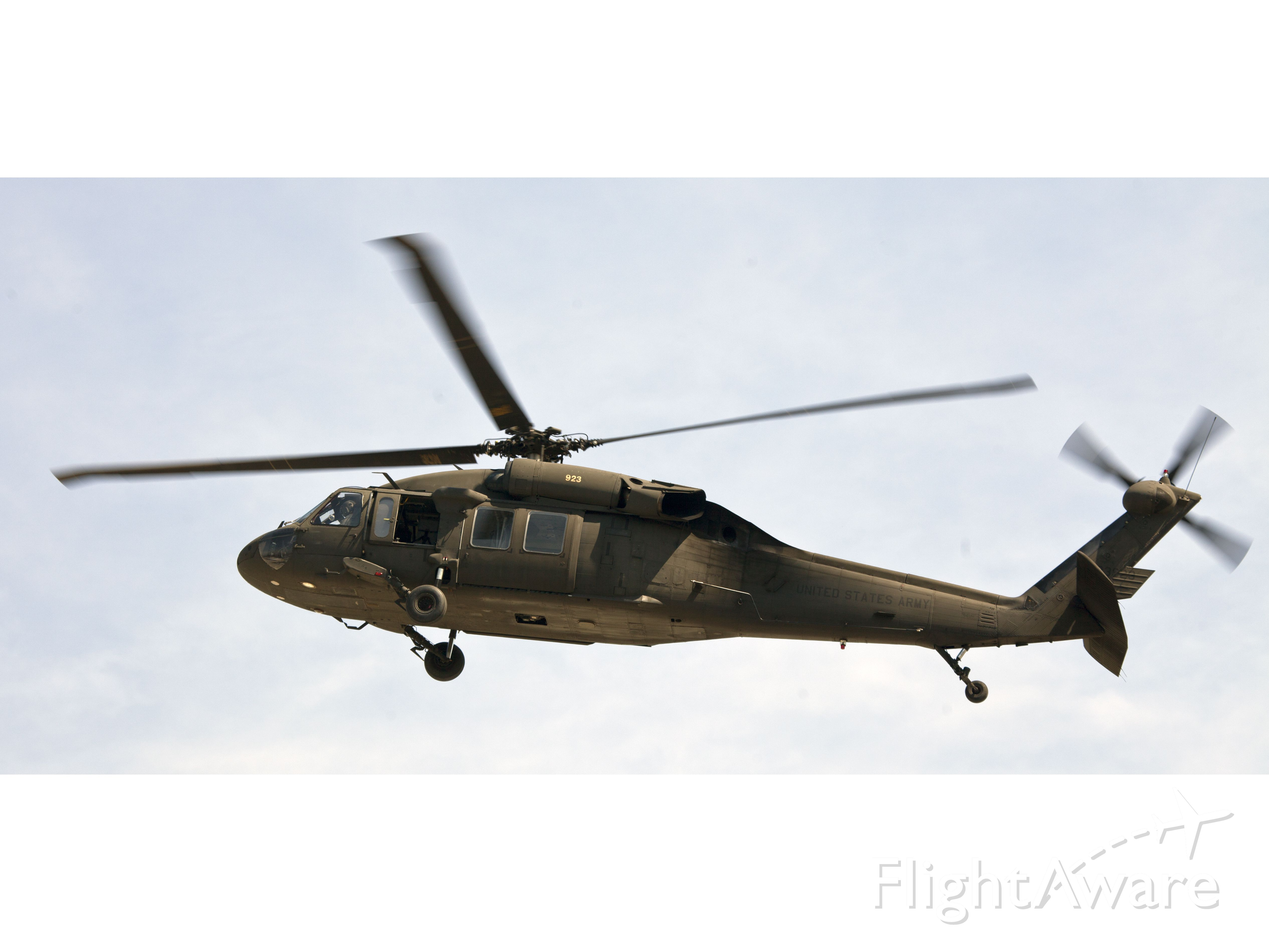 Cessna Commuter (N923) - No type or location information will be provided for US military helicopters.