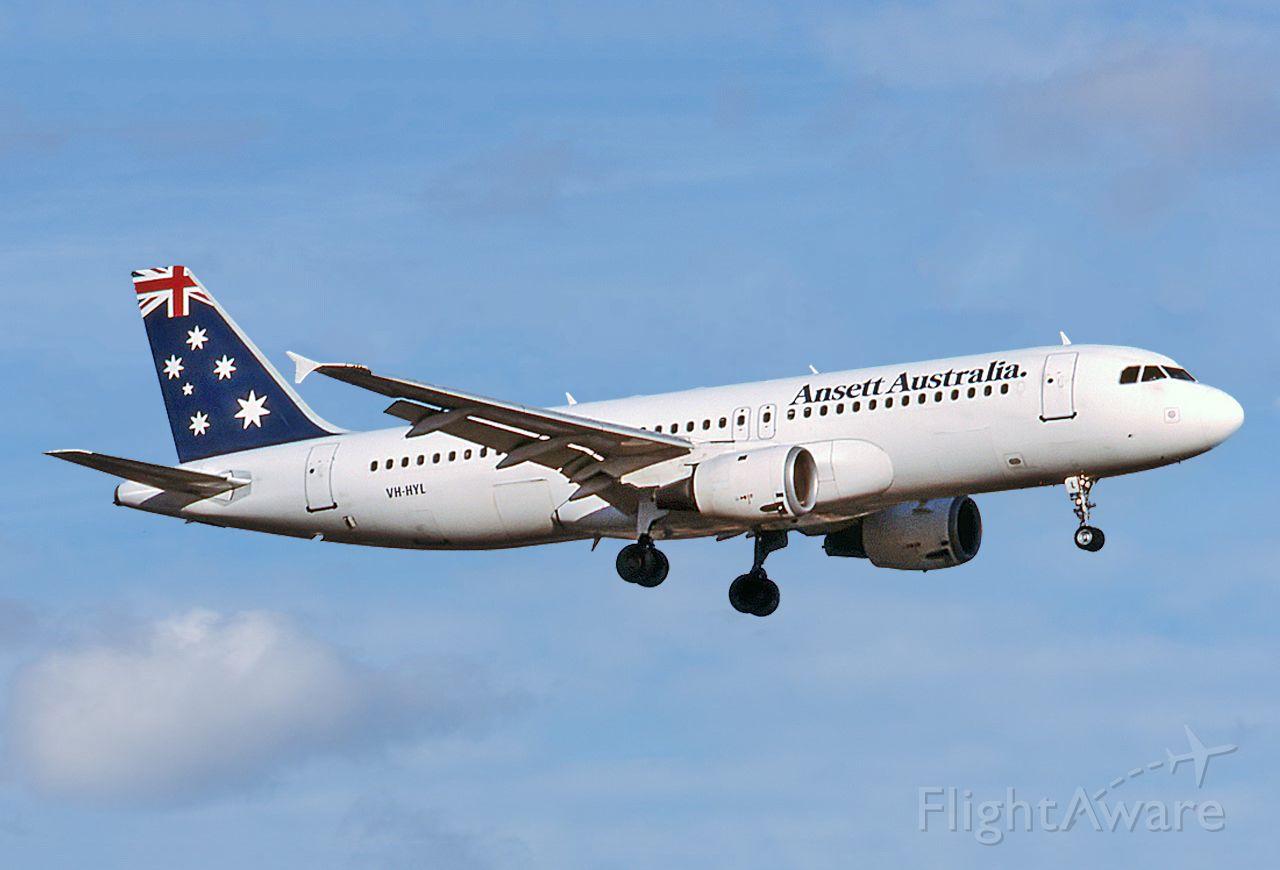 VH-HYL — - ANSETT AUSTRALIA AIRLINES - AIRBUS A320-211 - REG : VH-HYL (CN 229) - ADELAIDE INTERNATIONAL AIRPORT SA. AUSTRALIA - YPAD