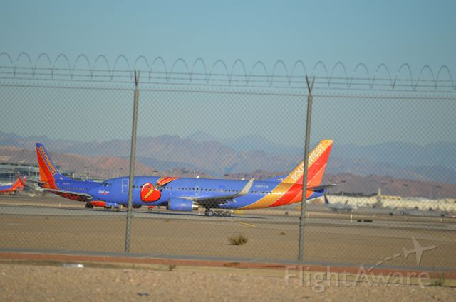 Boeing 737-700 — - Nose to nose