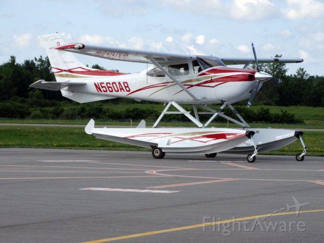 Cessna Skylane (N560AB) - 2007 C182T