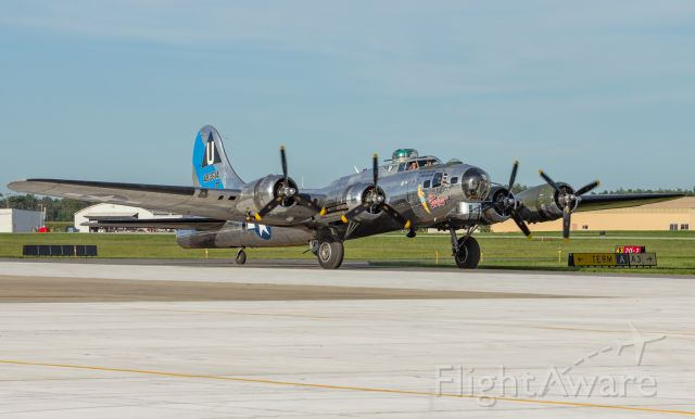 Boeing B-17 Flying Fortress (N9323Z) - Sentimental Journey taxing into KPPO on her arrival.