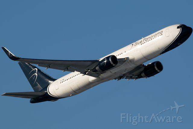 BOEING 767-300 (EI-CMD)