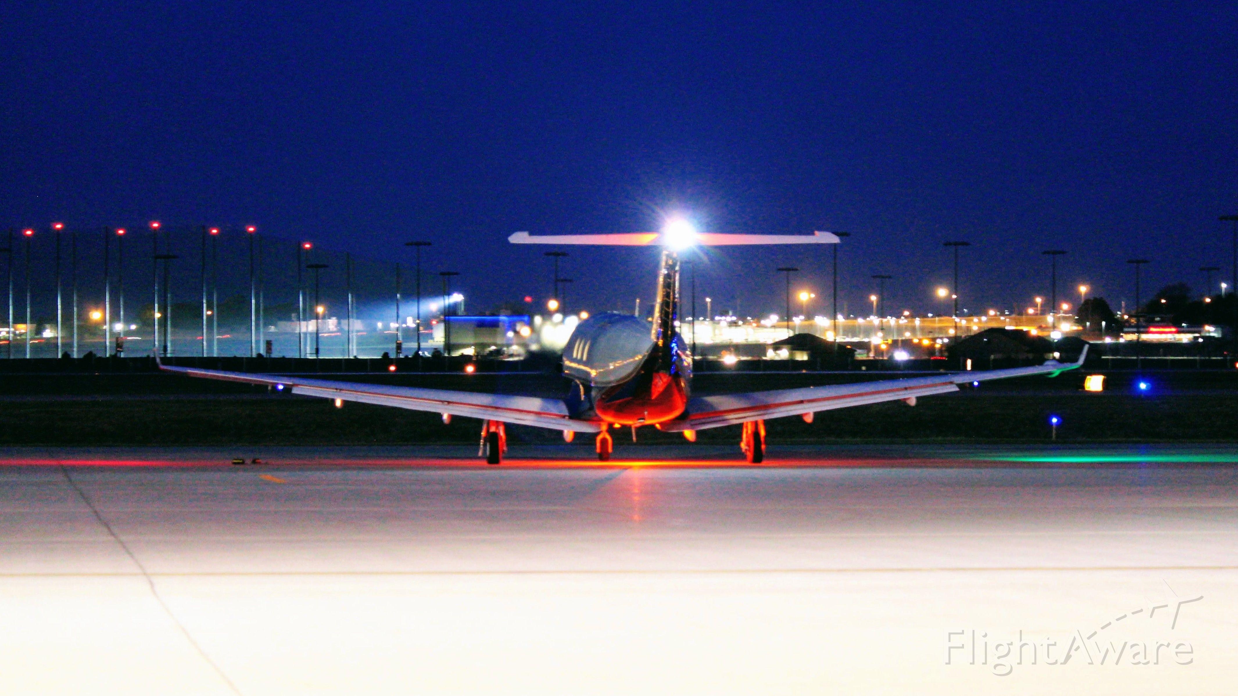 Pilatus PC-12 (N5DM)