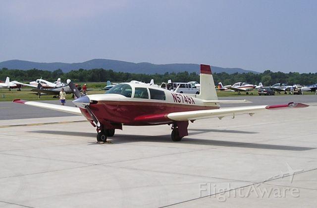Mooney M-20 (N5749X)