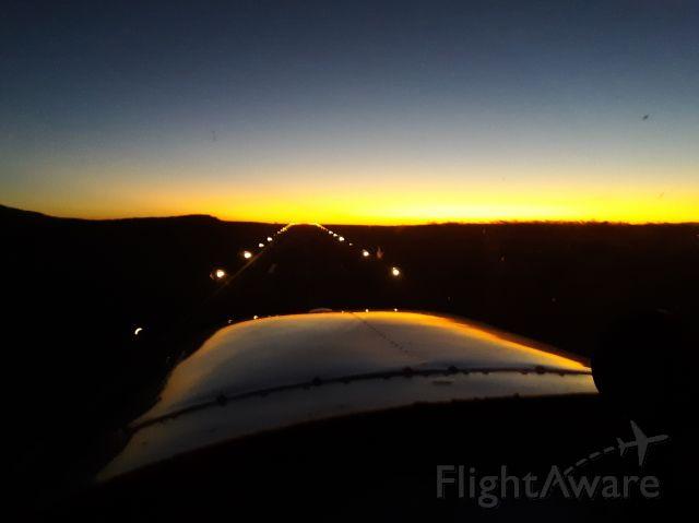 Cessna Skyhawk (N8783B) - Departing rwy 25