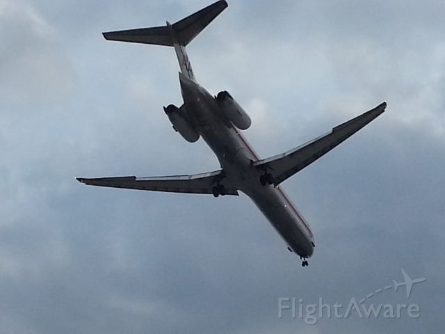 McDonnell Douglas MD-83 (N9622A)