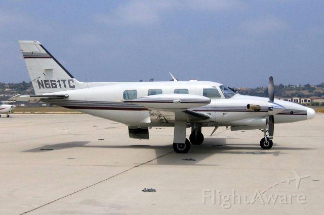 Piper Cheyenne 2 (N661TC)