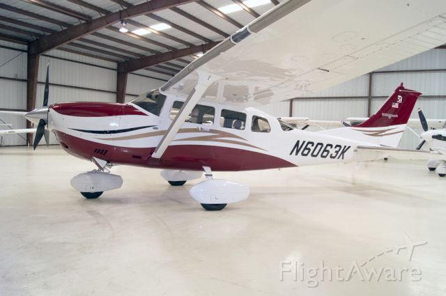Cessna T206 Turbo Stationair (N6063K)