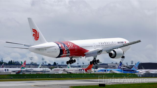 BOEING 777-300 (B-2047) - BOE169 on final to Rwy 16R to complete a flight test on 4/24/14. (LN:1196 / cn 60374).