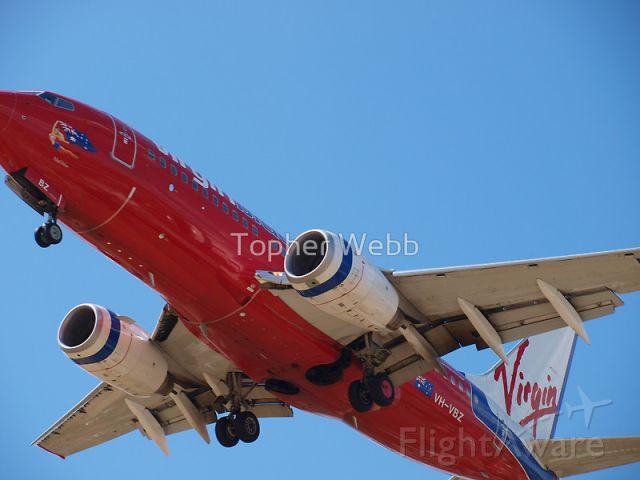 Boeing 737-700 (VH-VBZ)