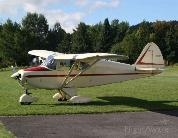 Piper PA-22 Tri-Pacer (N675A)