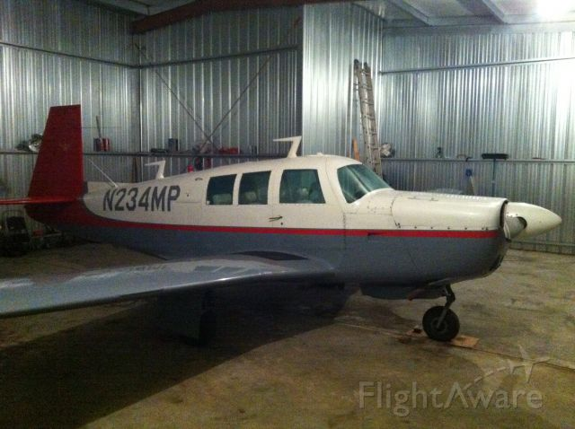 Mooney M-20 (N234MP) - At home in the hanger