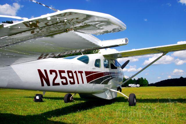 Cessna 206 Stationair (N2591T)