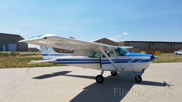 Cessna Skyhawk (N5301D)