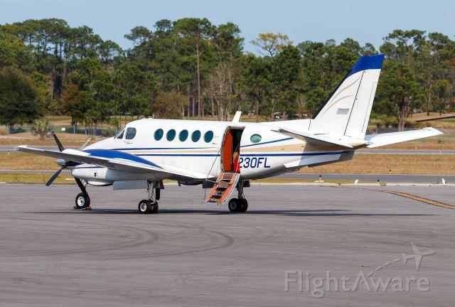 Beechcraft King Air 100 (N230FL)