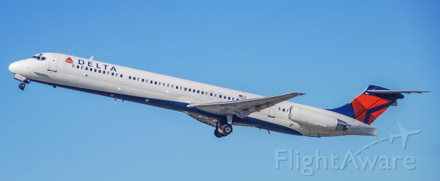 McDonnell Douglas MD-88 (N984DL) - Off to ATL!