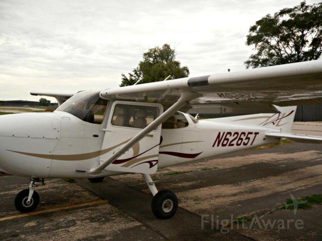 Cessna Skyhawk (N6265T)
