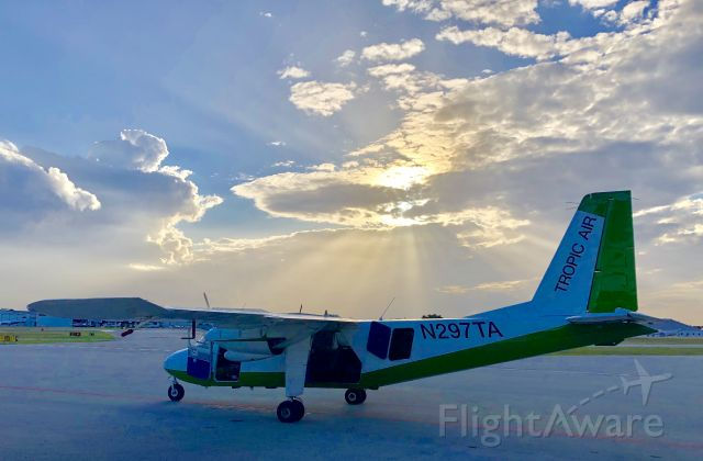 ROMAERO Islander (N297TA) - Sunset