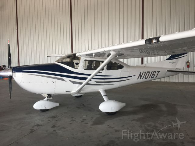 Cessna Skylane (N1016T)