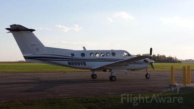Beechcraft Super King Air 200 (N999VB)