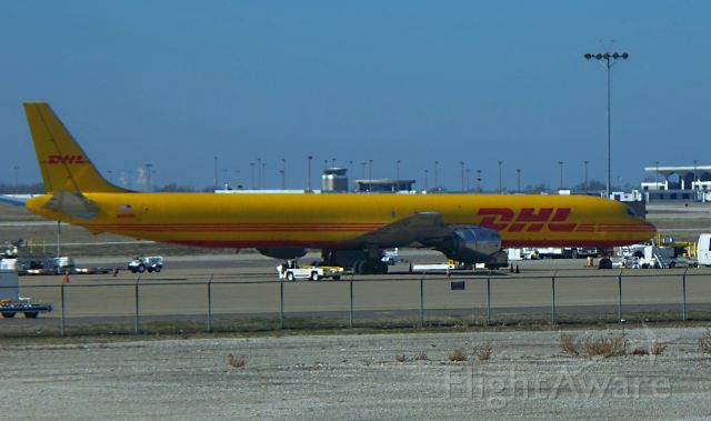 McDonnell Douglas DC-8-70 (DHL2798) - Parked in the cargo ramp after arrival from KBNA soon to depart to KCVG shortly in the evening