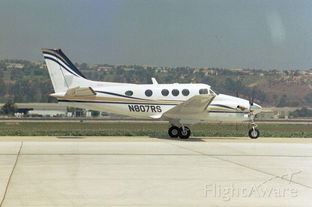 Beechcraft King Air 90 (N807RS) - Jul-04
