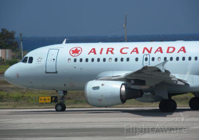 Airbus A319 (C-GAQZ)