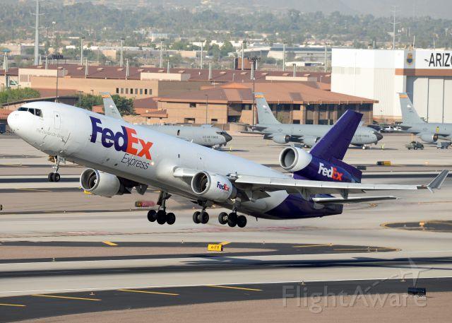 Boeing MD-11 (N614FE)