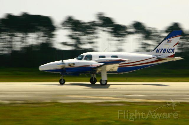 Piper Cheyenne 2 (N781CK) - PA-31T/PAY2 landing at Kcrg