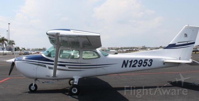 Cessna Skyhawk (N21953)