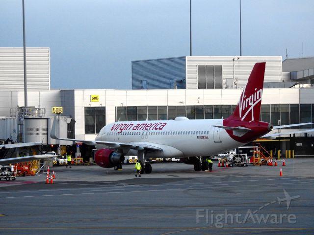 Airbus A320 (N363VA) - VRD1002 DCA-SFO