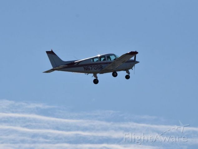 Beechcraft Sundowner (N6708R) - I had just left KILG and Vince Games, who I was flying with today, took this shot
