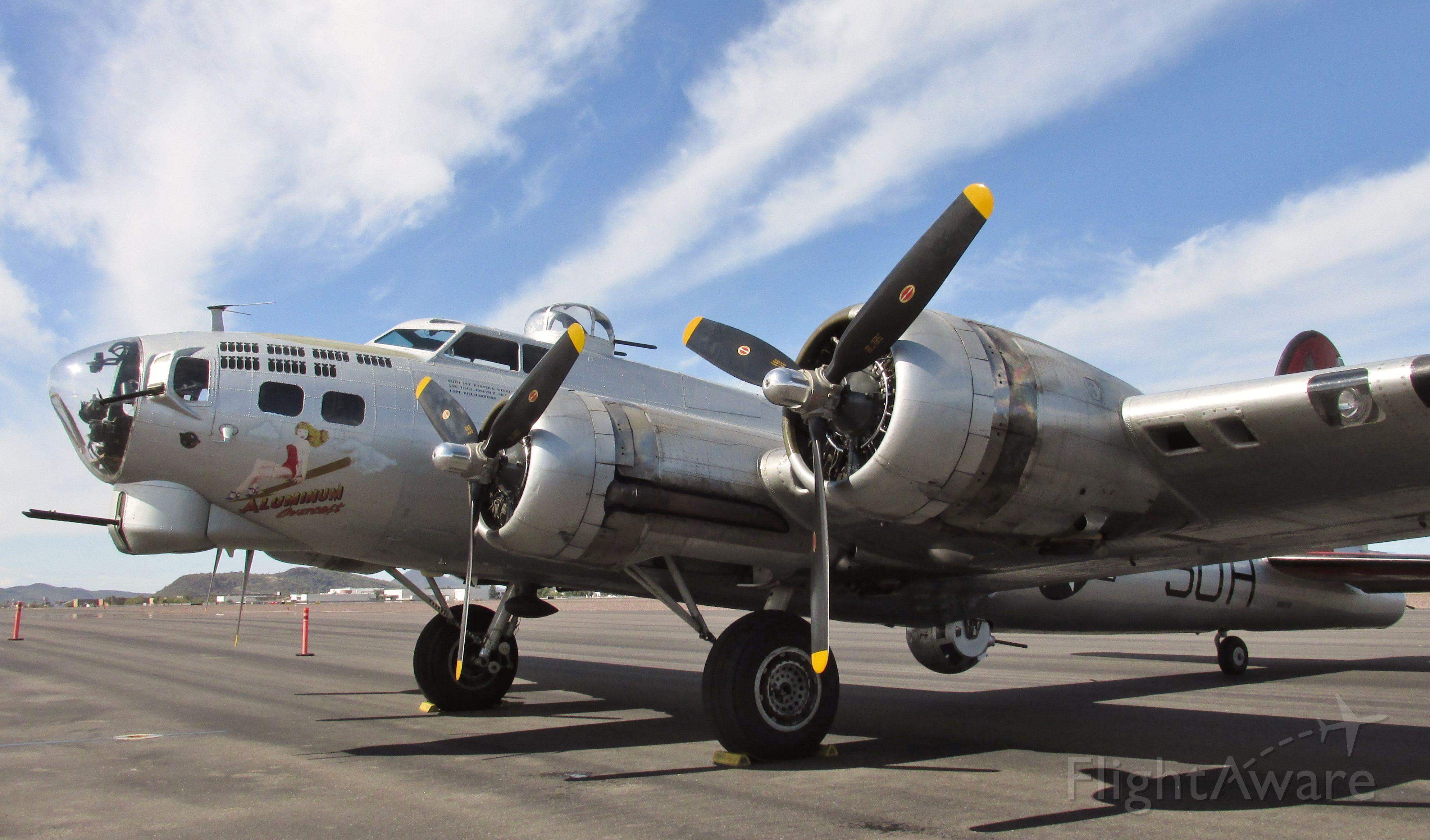 Boeing B-17 Flying Fortress (N5017N) - Aluminum Overcast, EAA