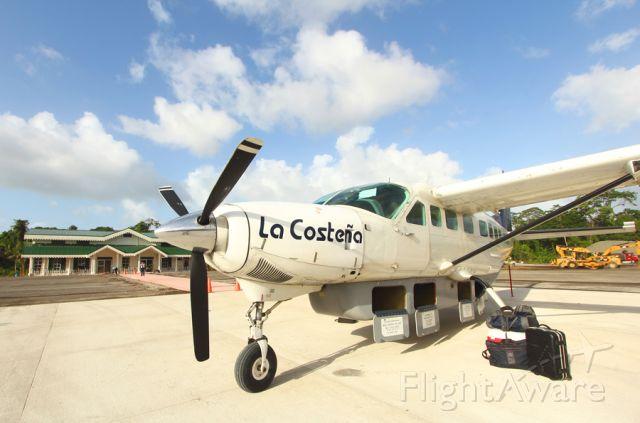 Cessna Caravan (YN-CHA) - Estacionado En rampa del nvo. aeropuerto turistico de san juan de nicaragua..