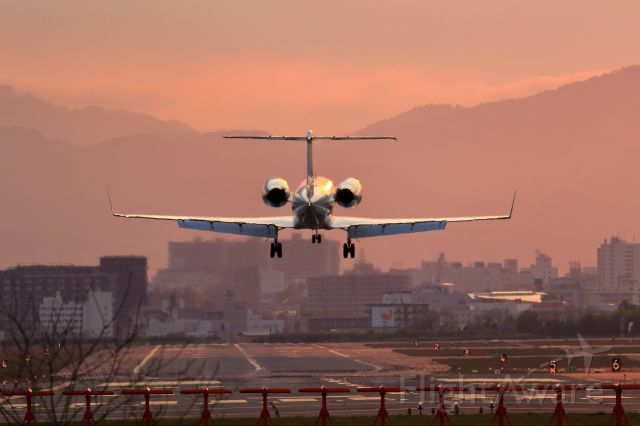 Gulfstream Aerospace Gulfstream IV (B-8091) - SS1/250 f6.3 ISO250 400.0mm